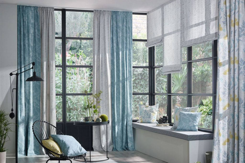 Colourful Curtains Can Transform Your Room
